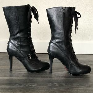 Size 8 Lace Up Boots | Perfect for holiday parties